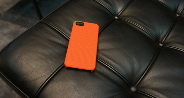 STM Bags Grip iPhone 5 Case