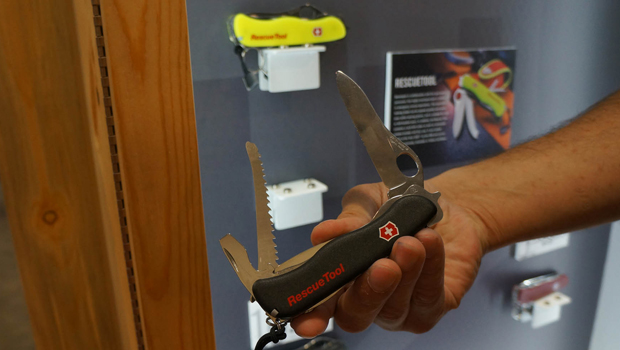 The Victorinox Swiss Army Rescue Tool A Knife To Save
