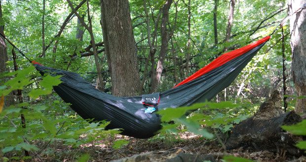 the eno doublenest is a great two person hammock   50 campfires  rh   50campfires