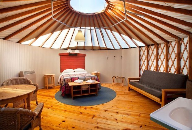yurt-interior123456789abc