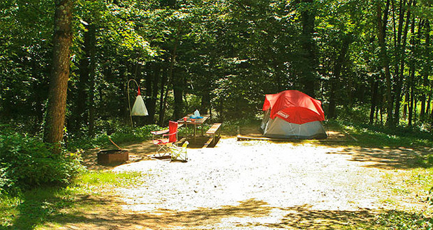 Camping Mirror Lake State Park Wisconsin