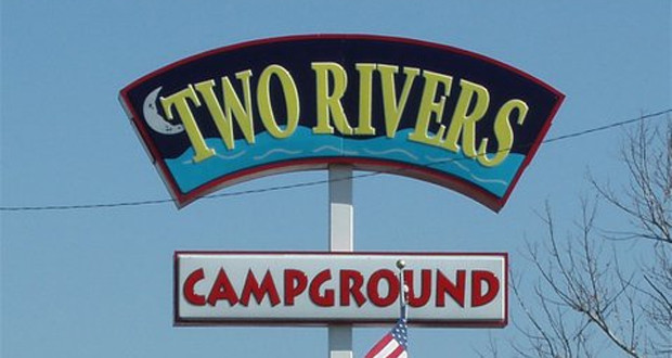 Camping in North Tennessee: Two Rivers Campground Sign