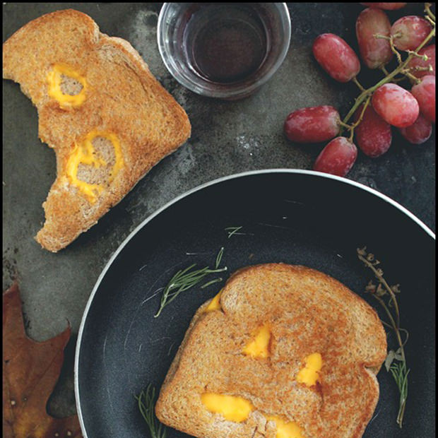 Jack o lantern grilled cheese