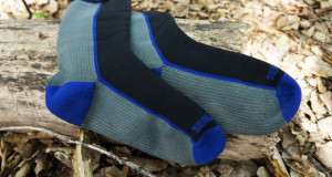 Sealskinz waterproof mid weight socks