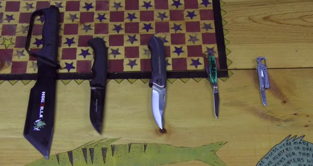 How To Choose The Best Camping Knife