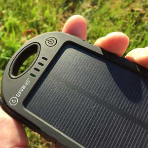Vapium_Spring_Solar_Charger_Review