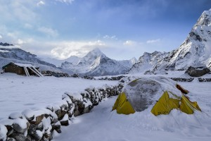 snow tent camping