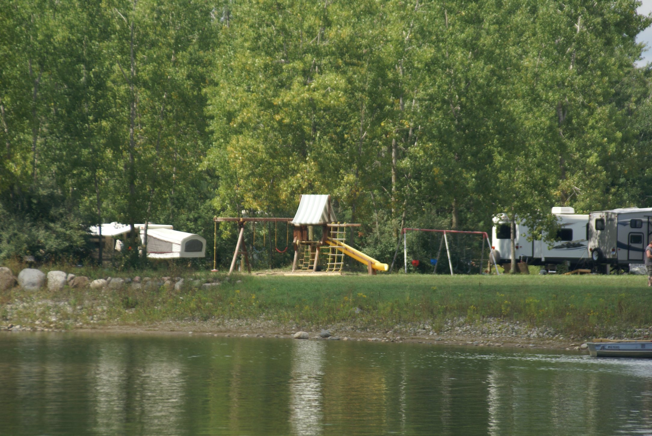 Colorado campgrounds with full hookups in michigan