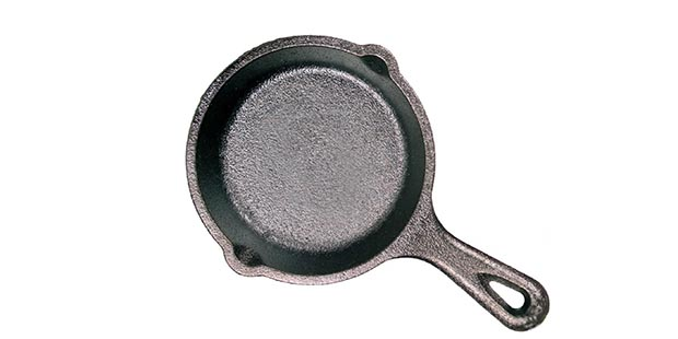 Lodge mini cast iron skillet is just 3.5 inches across - single cookie size!
