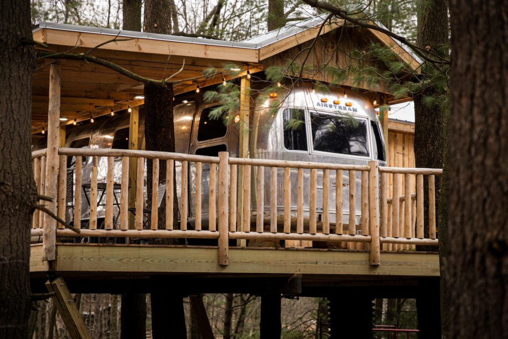 airstream treehouse